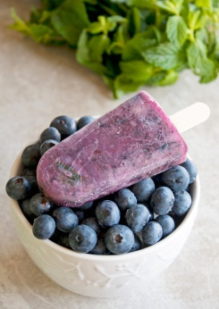 Blueberry-Mint-Paelo-Popsicles-2